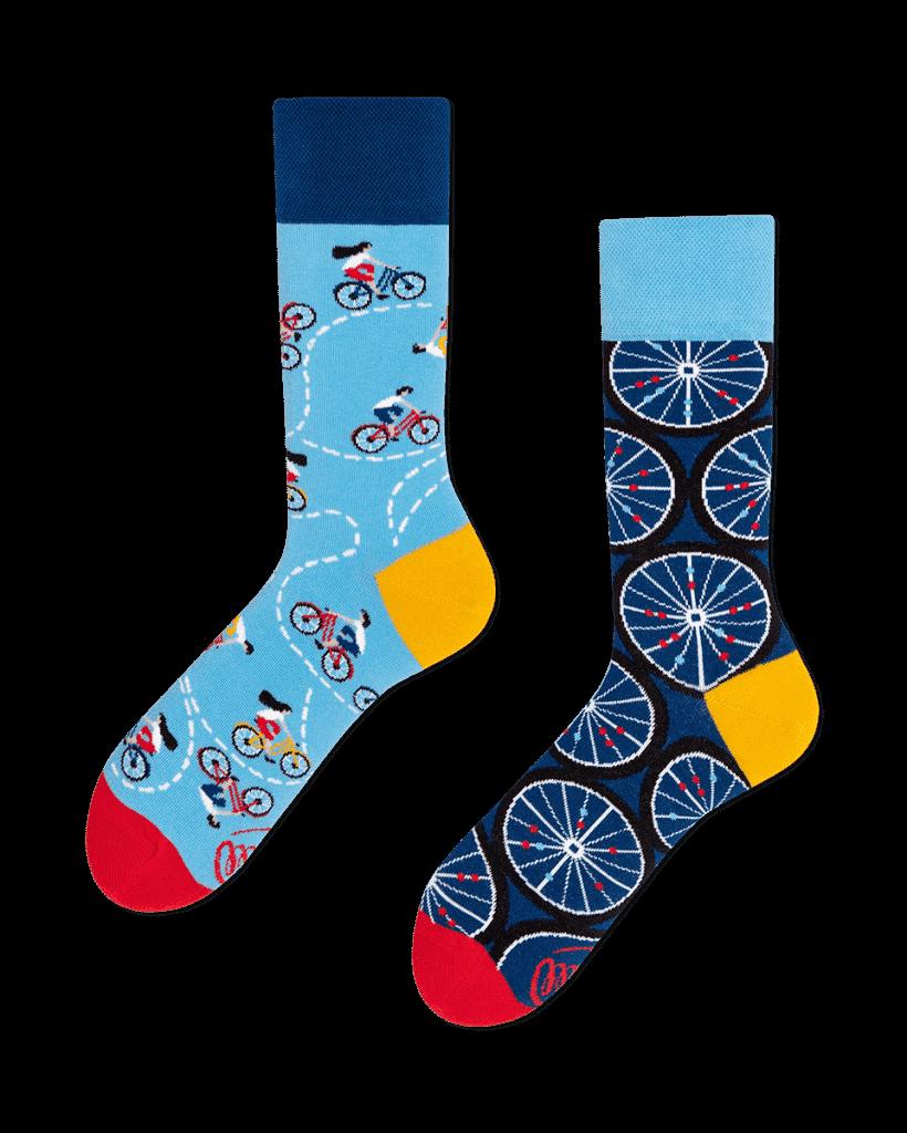 kolorowe skarpetki w rowery