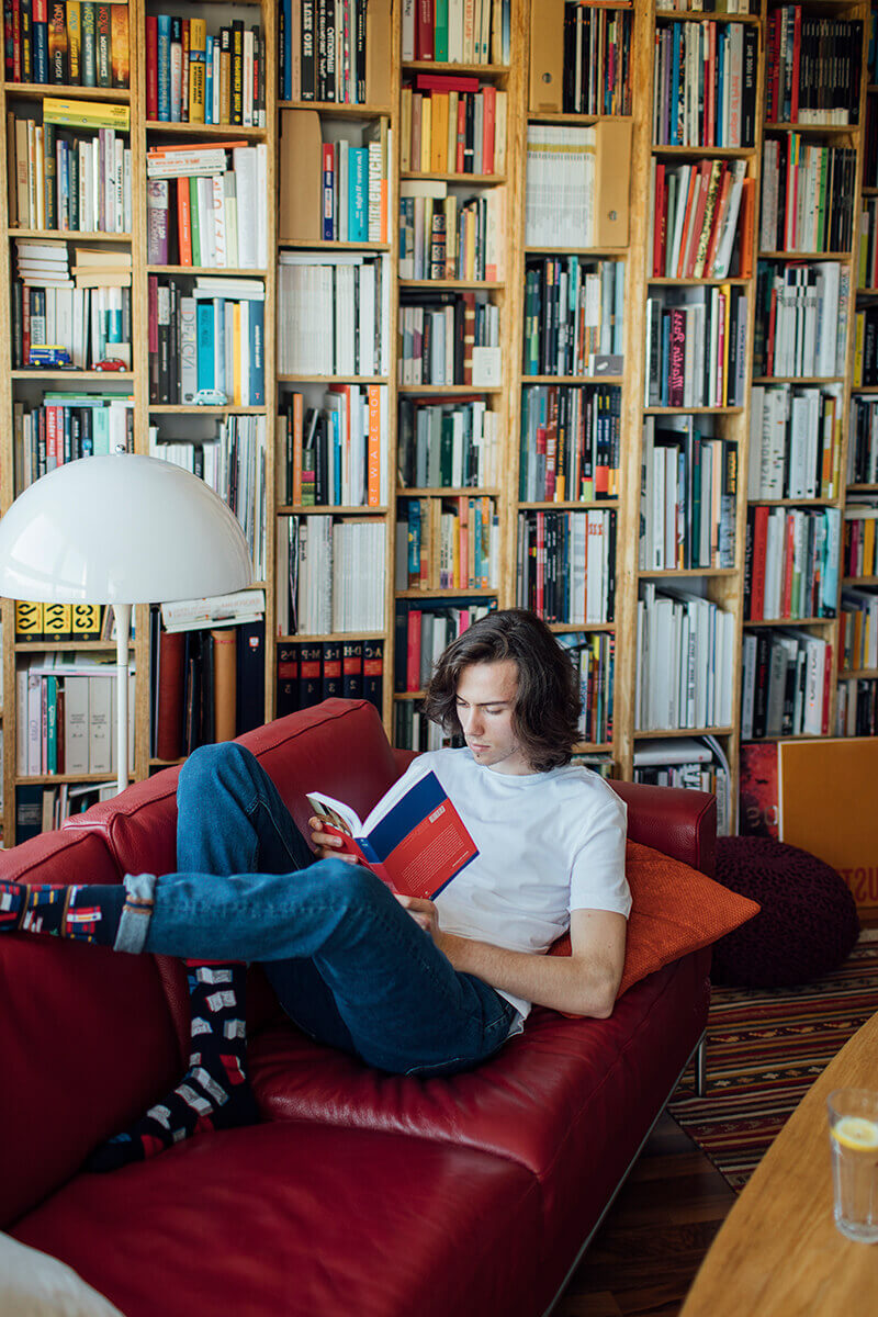 THE BOOK STORY - Skarpetki w książki